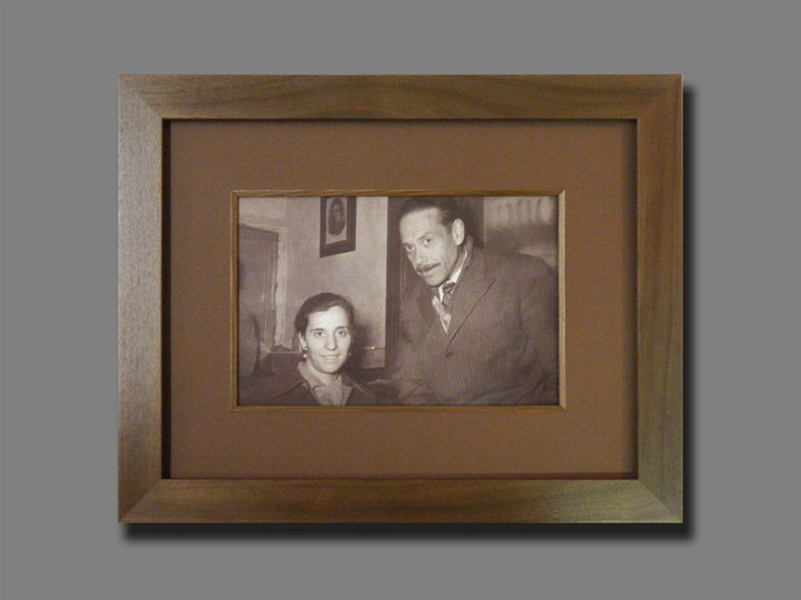 HOW TO CARE FOR CHERISHED FAMILY PHOTOGRAPHS