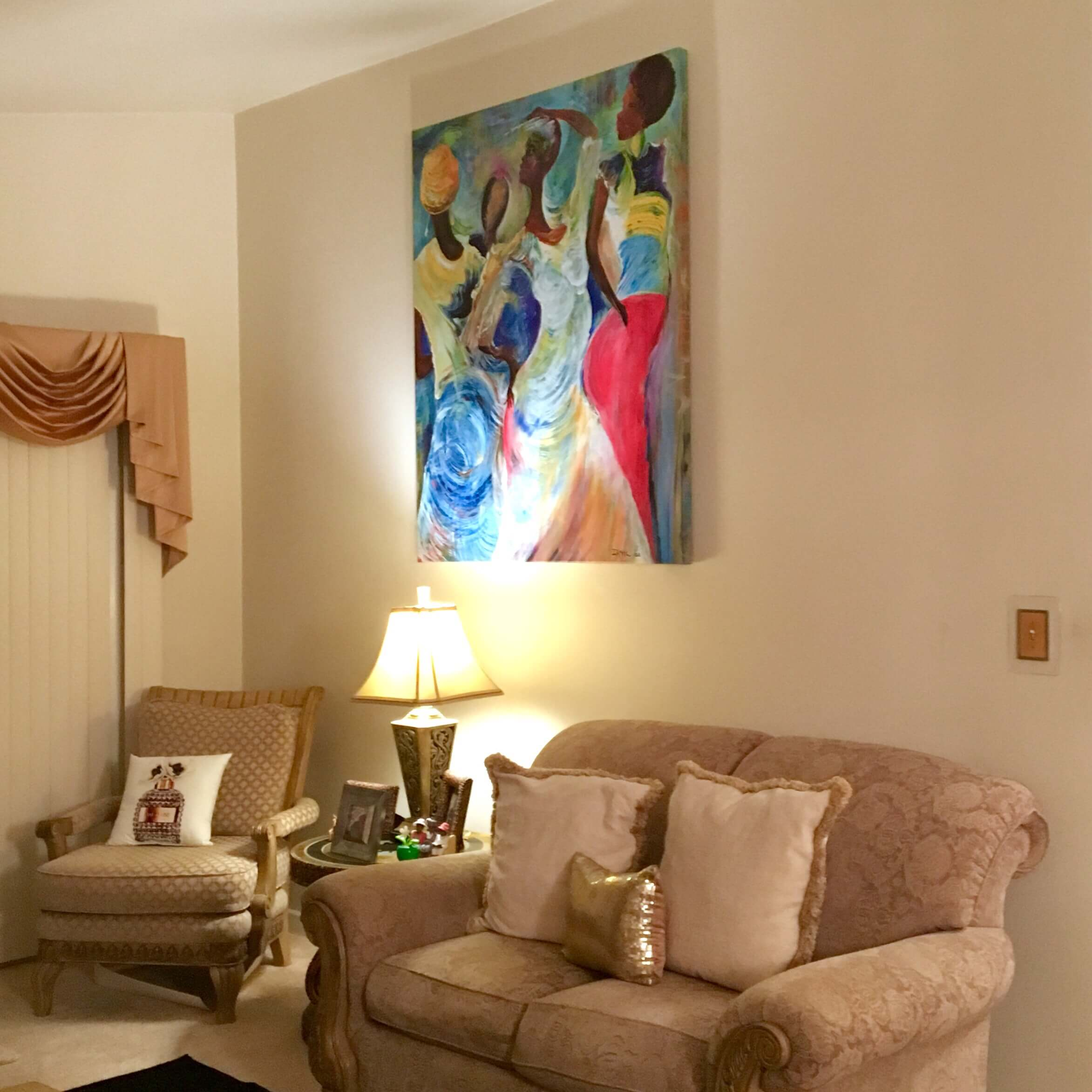 We will come to your home or office to professionally hang your art or mirror. We're experienced and insured...don't take chances! See more custom framing options at our Keswick Village showroom just north of Philadelphia in Glenside PA ( Pennsylvania ) , 19038 . Custom Picture Framer of Glenside carries thousands of frame styles, prints, maps, limited editions, mirrors, and more!